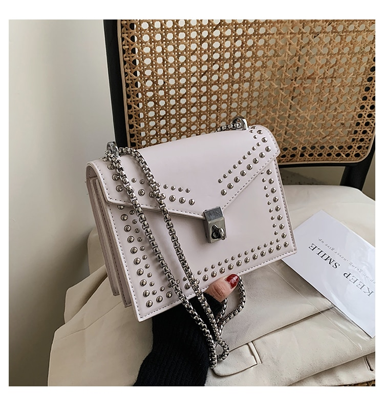Gommage en cuir marque concepteur épaule Simple sacs pour femmes 2020 chaîne Rivet luxe sac à bandoulière femme mode petits sacs à main